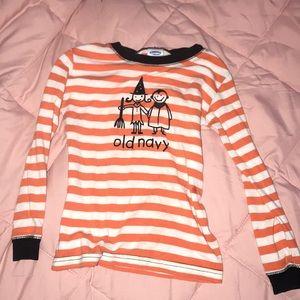 Old navy Halloween shirt